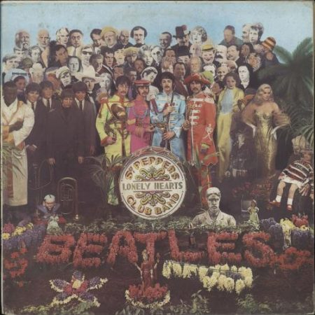 The Beatles Sgt. Pepper's Lonely Hearts Club Band 1976 Italian vinyl LP 3C062-04177